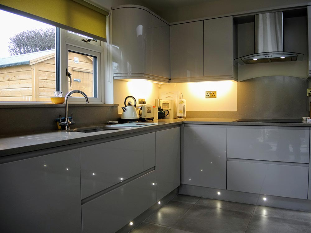 Contemporary Kitchens 06